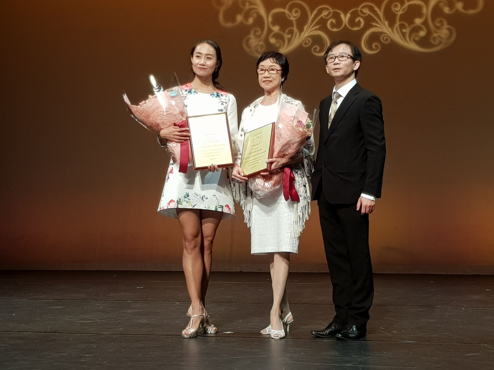 Director Ms Goh Soo Khim receives a Lifetime Achievement Award